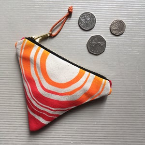 Image of Wave Triangle Coin Purse