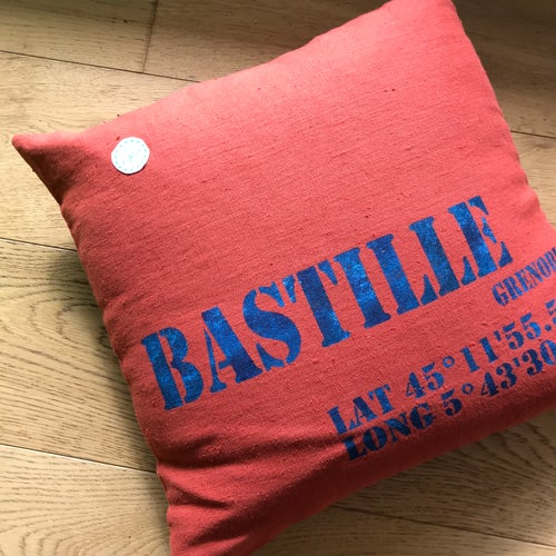 Image of coussin en lin de Roubaix/French linen cushion cover with our vintage print