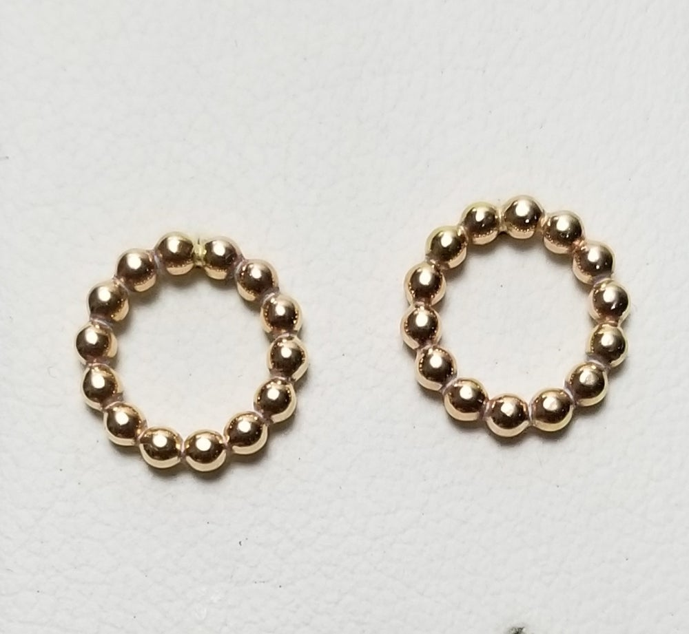 Image of bead wire open circle studs