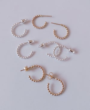 Image of small bead wire hoops