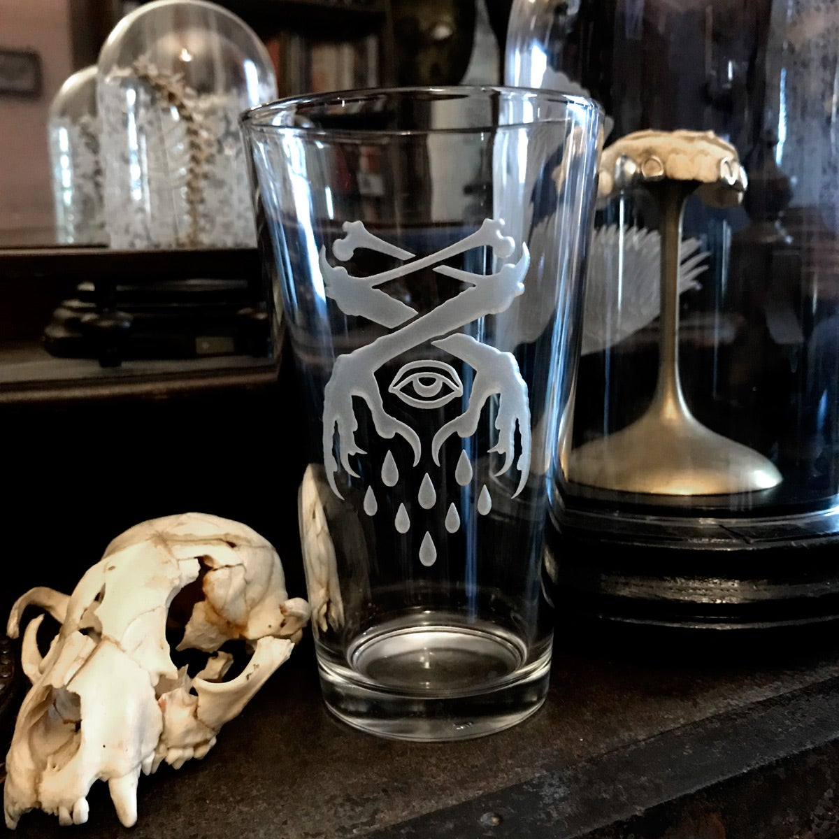 Image of Occult Crow Claw Pint Glass
