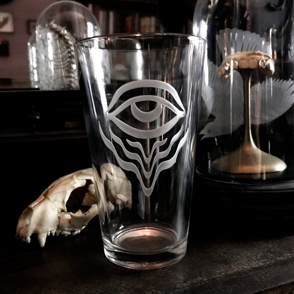 Image of Eye Of The Psychonaut Pint Glass