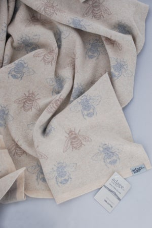 Image of NZ Honey Bee Cot Blanket