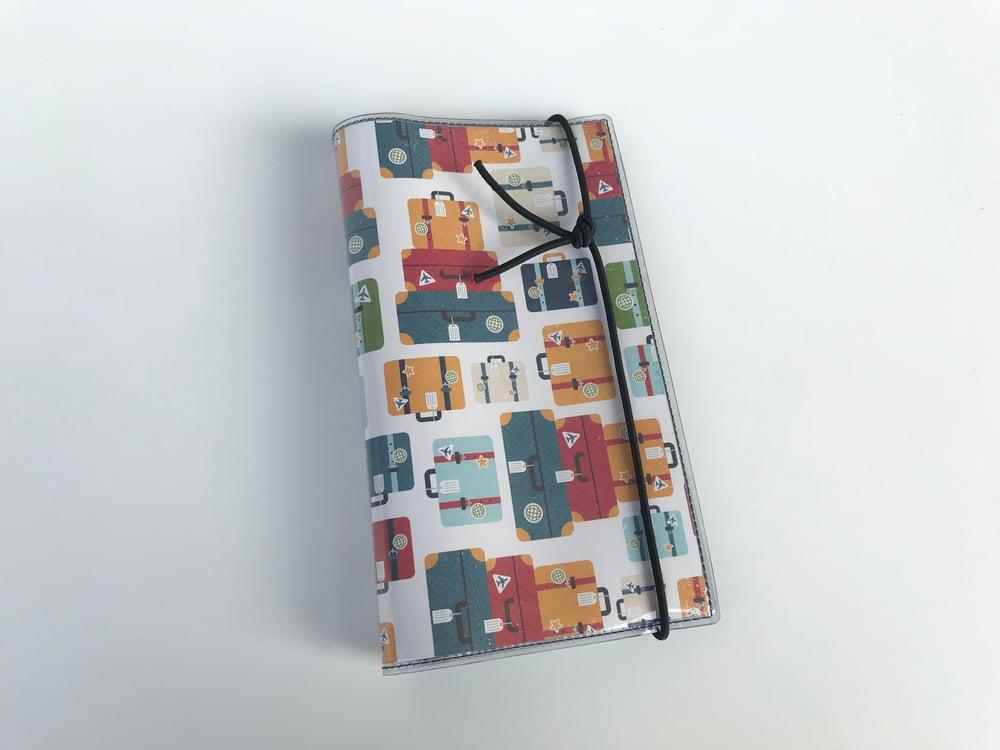 Image of Portatessere 60 card Valigie