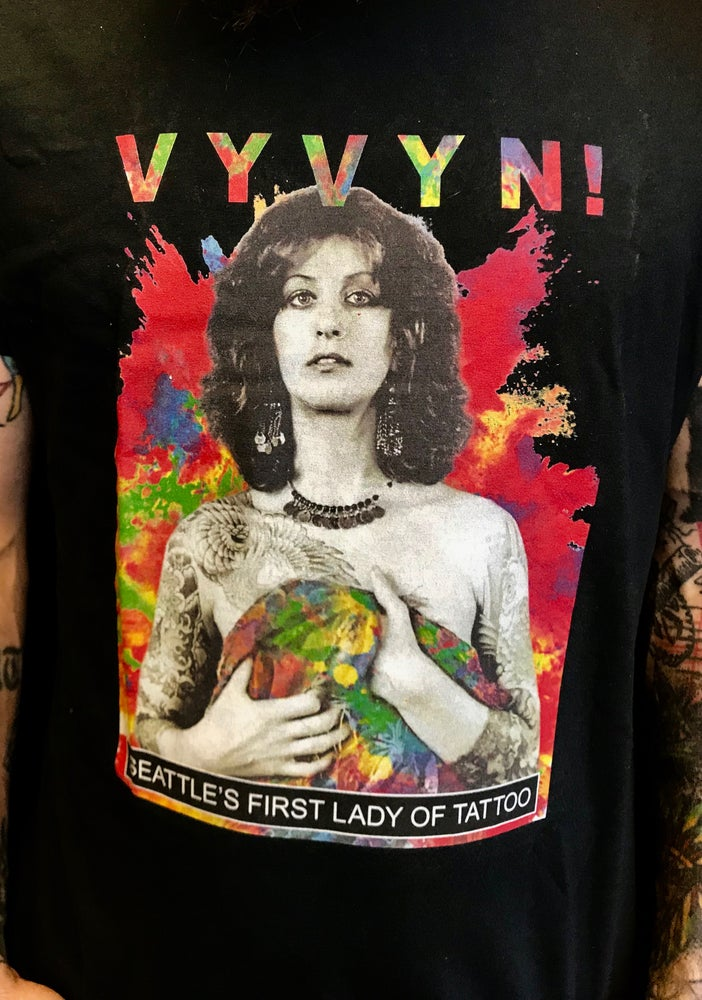 Image of Men's Vintage Vyvyn T-Shirt