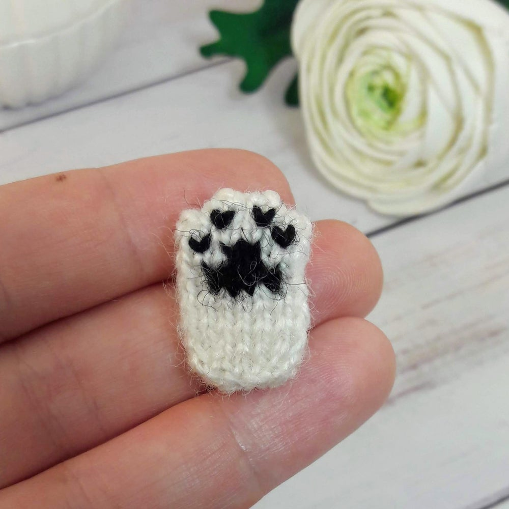 Image of Cat Paw Collar Pin - Cute White Black Brooch - Cat Lover Club Collection
