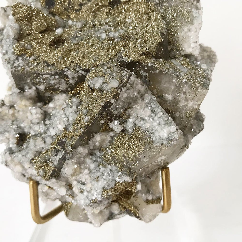 Image of Fluorite/Quartz/Chalcopyrite no.01 + Lucite and Brass Stand