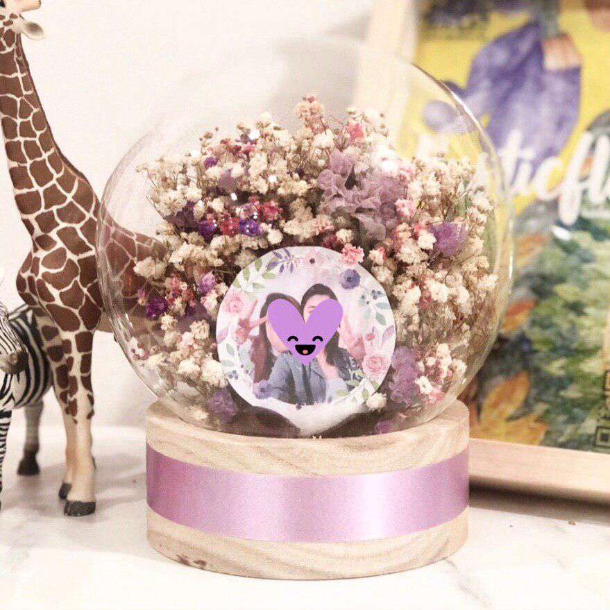 Image of Lilac in a Globe