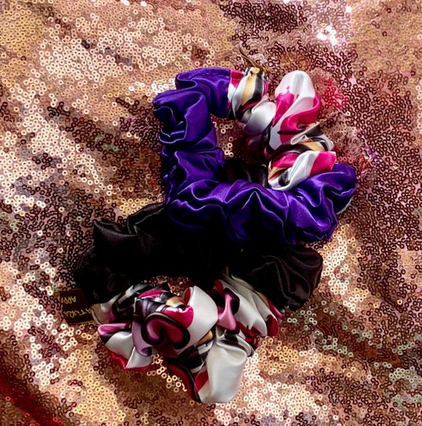 "Image of ""Makeup your Mind"" scrunchie"
