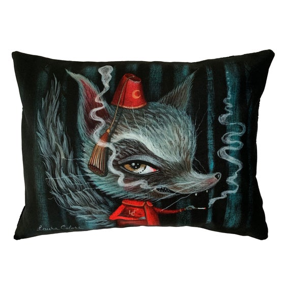 "Image of ""Howl Break"" Pillow"