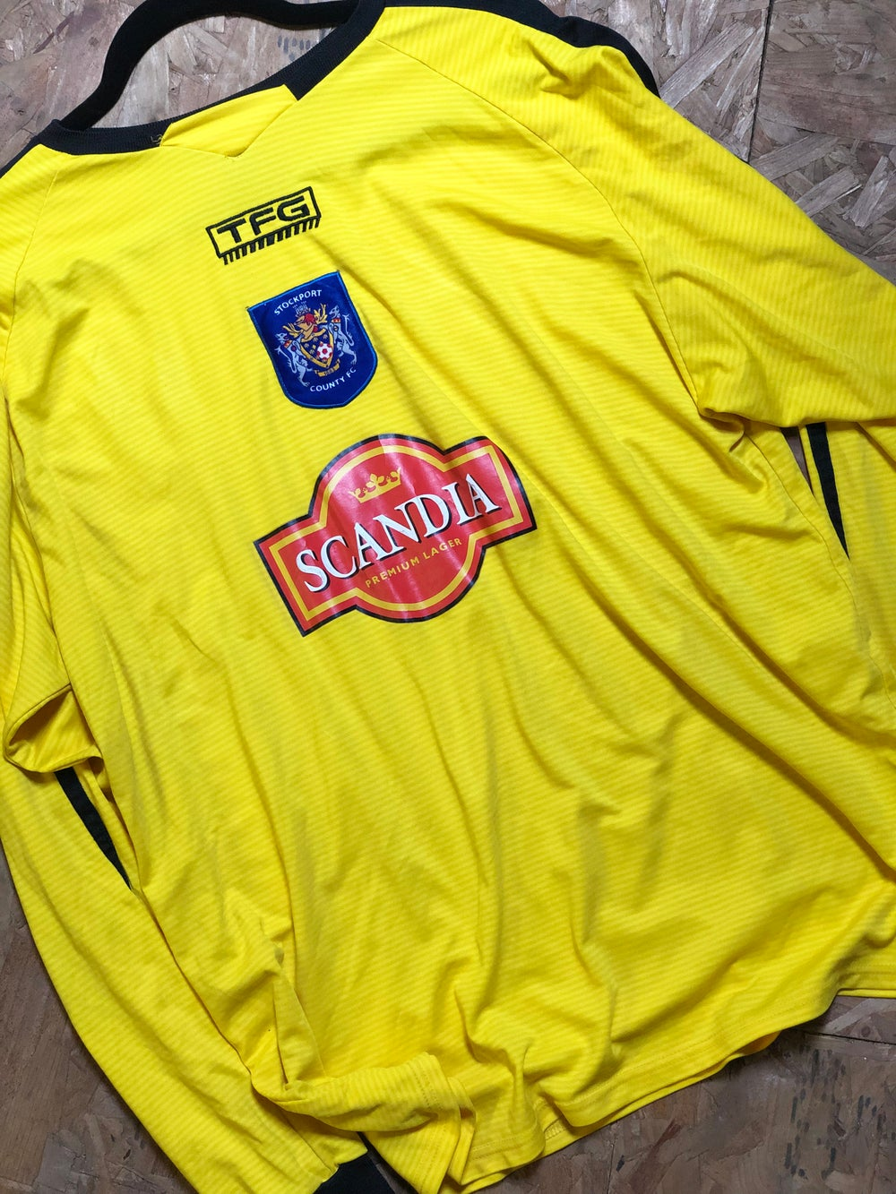Image of Match Worn 2004/06 TFG Third Shirt