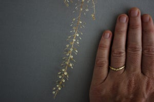 Image of 18ct Gold Laurel leaf carved 'wishbone' ring