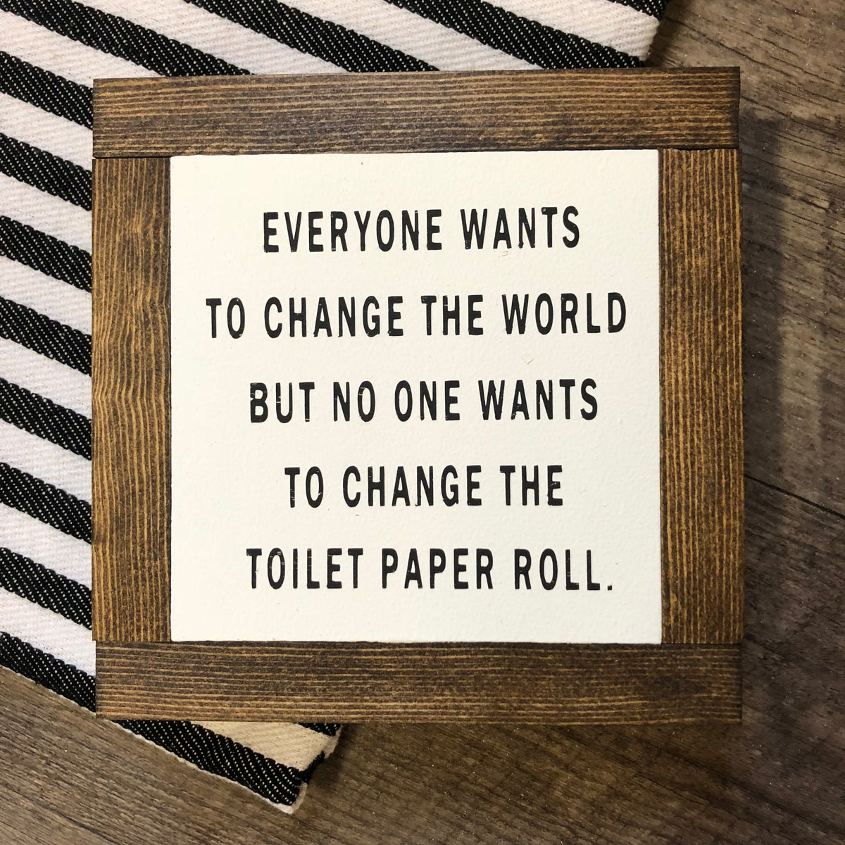 Image of Toilet paper roll