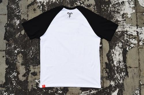 "Image of ""Stay Lit"" White Raglan T-Shirt"