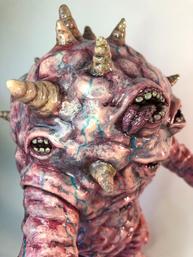 """Image of """"MOUTHZON"""" Custom MaxToyCo. Eyezon Figure"""