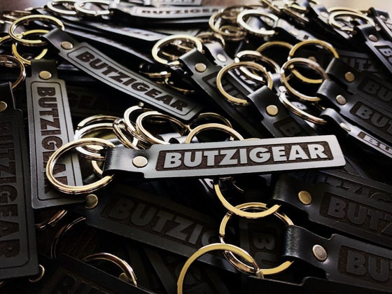 Image of Butzi Gear Leather Key Ring
