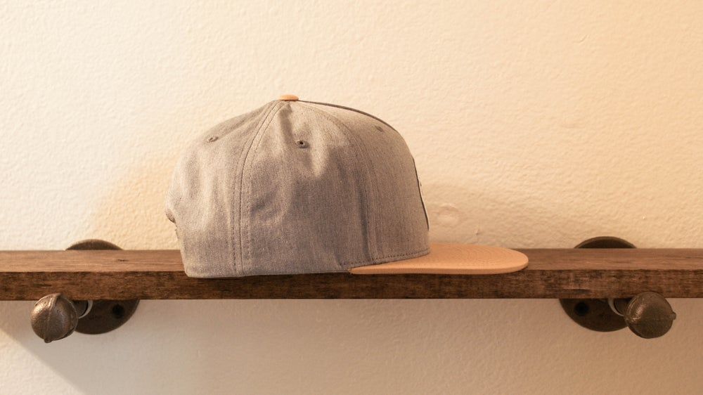 """The """"Hunter"""" 5 panel Snapback (Heather Grey/Biscuit)"""