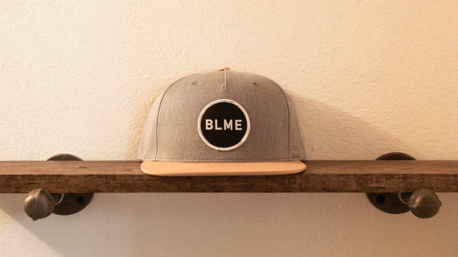 "Image of The ""Hunter"" 5 panel Snapback (Heather Grey/Biscuit)"