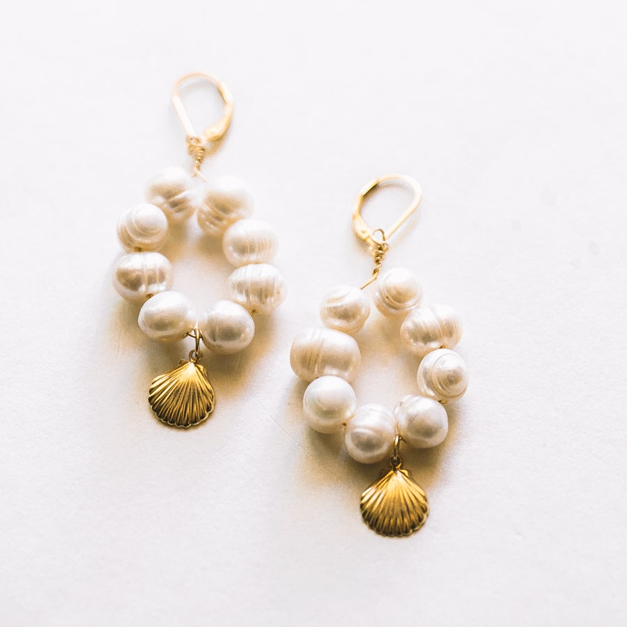 Image of The Fresh Water Pearl Earrings