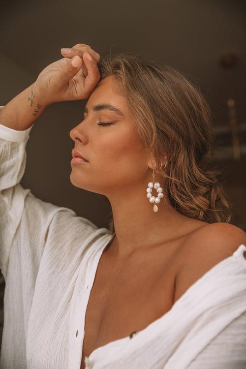 Image of The Fresh Water Pearl Earrings