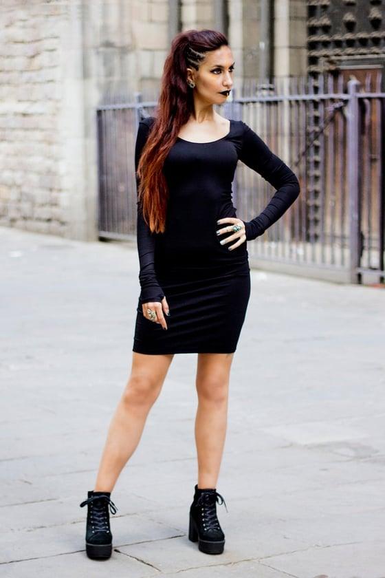 Image of BLACK VBASIC DRESS