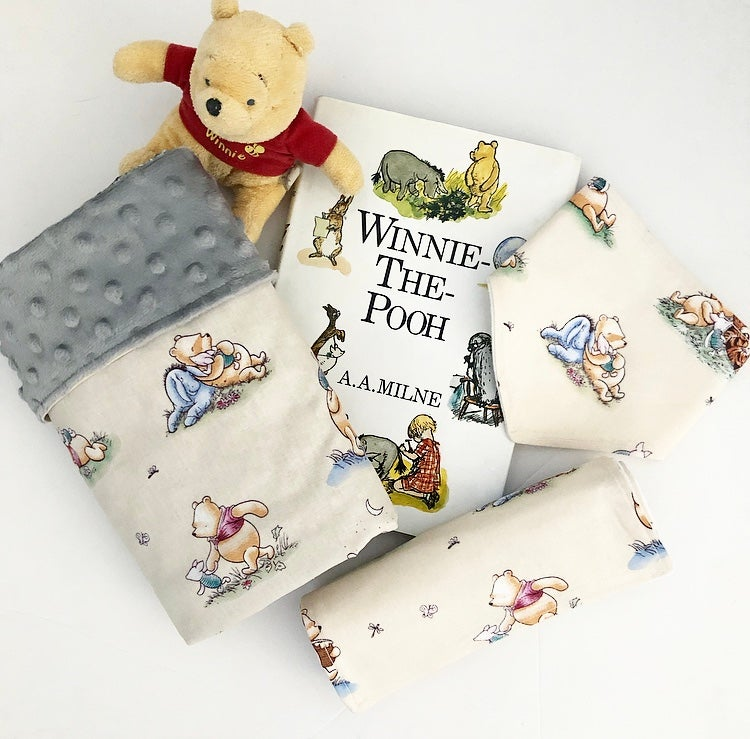 Image of WINNIE THE POOH - Baby Gift Set