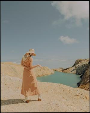 Image of Linen Oma (pale khaki) ··