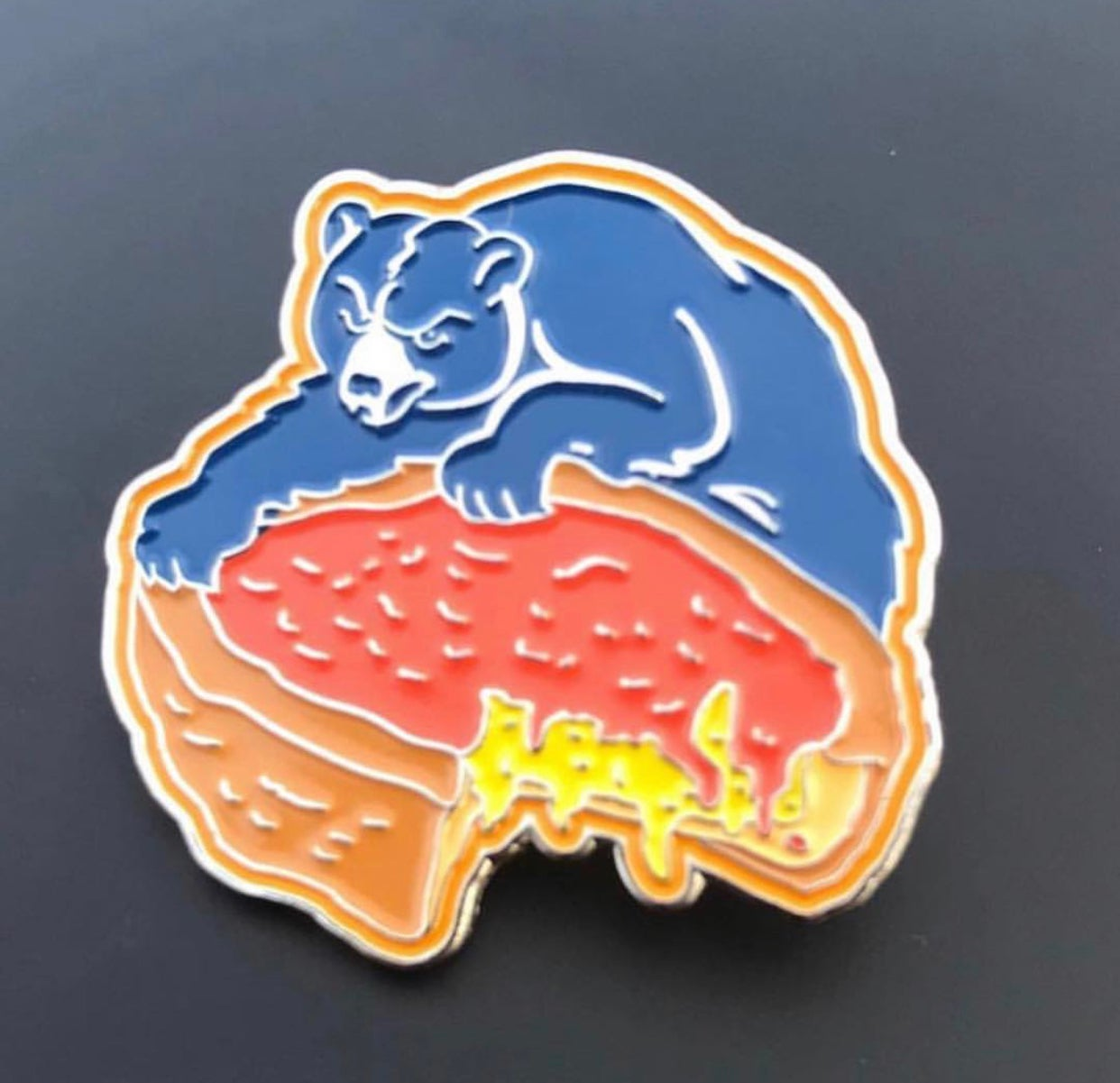 Image of Chicago Deep Dish Bears Pin