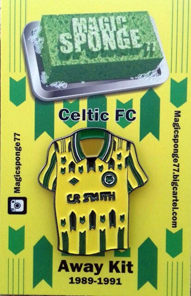 Image of Out Now Celtic FC Green Arrows Away Kit Pin