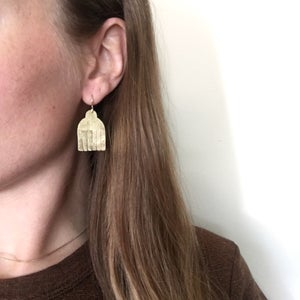 Image of mini fringe shield earring