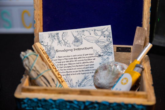 Image of Smudge Box | Sage clearing kit | Meditation | Chakra Healing