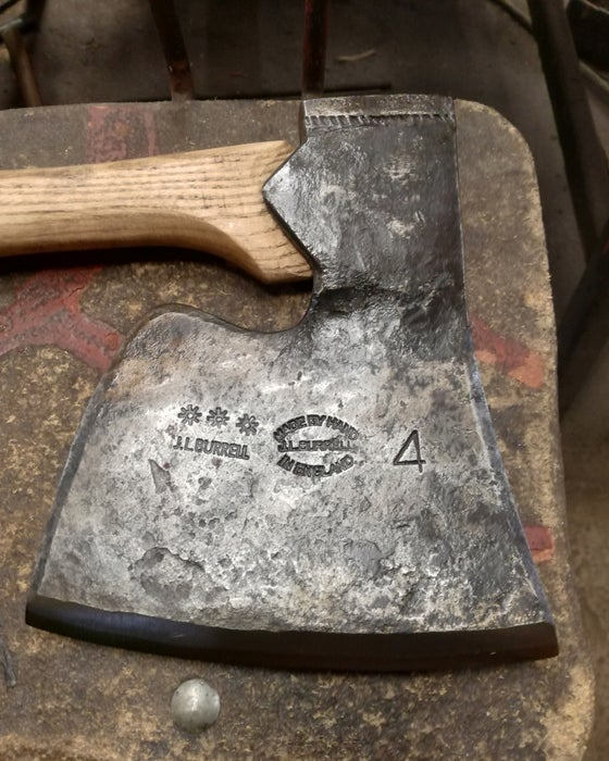 Image of 4lbs Coachmaker's Side Axe