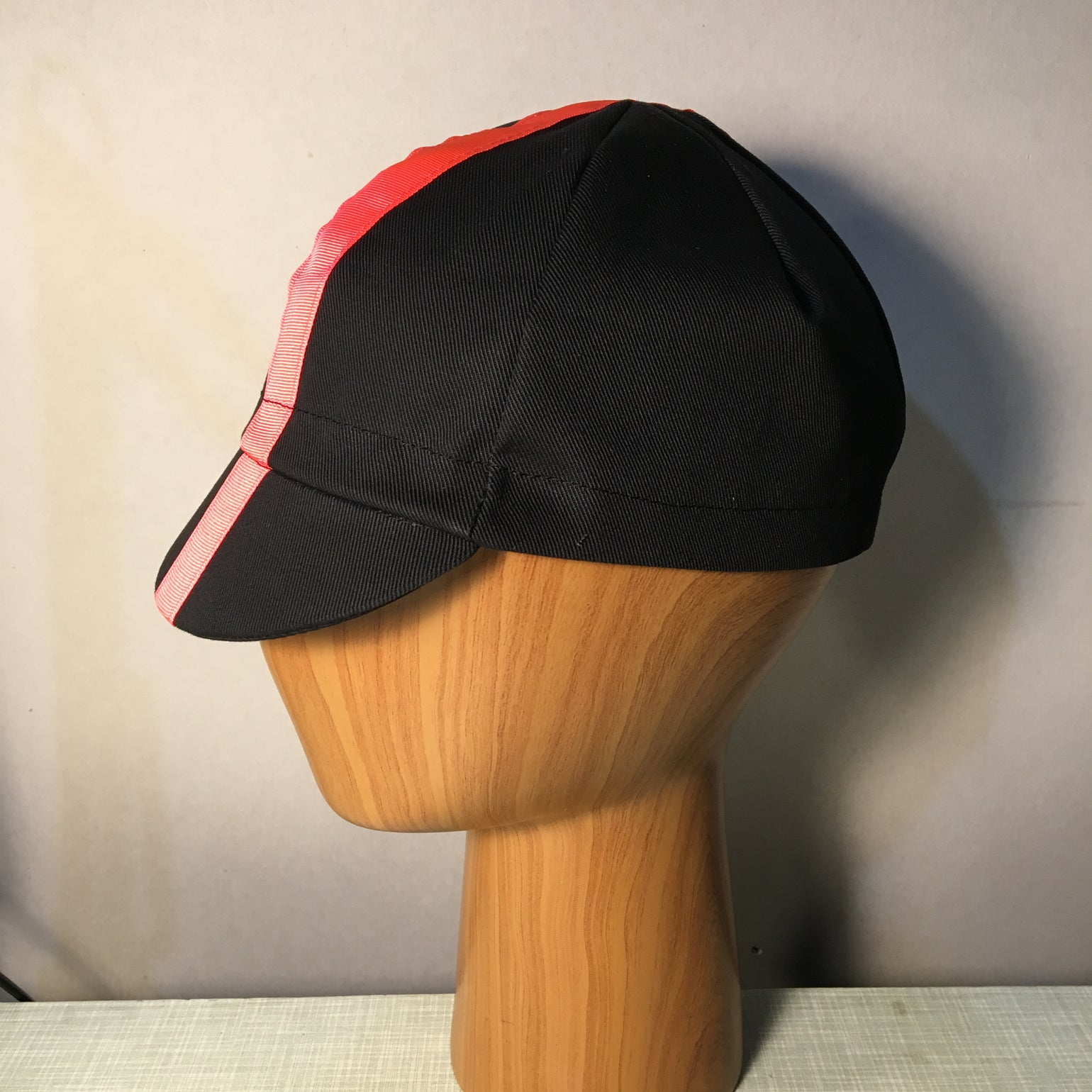 Image of Cotton cycling cap - black twill & pink stripe
