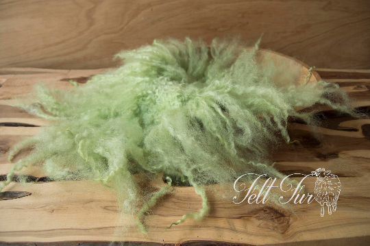 Image of Mid Green Fluffy Fringe Felted Napkin (D52), Newborn Photography Wool Prop. Size D. Ready to Ship.