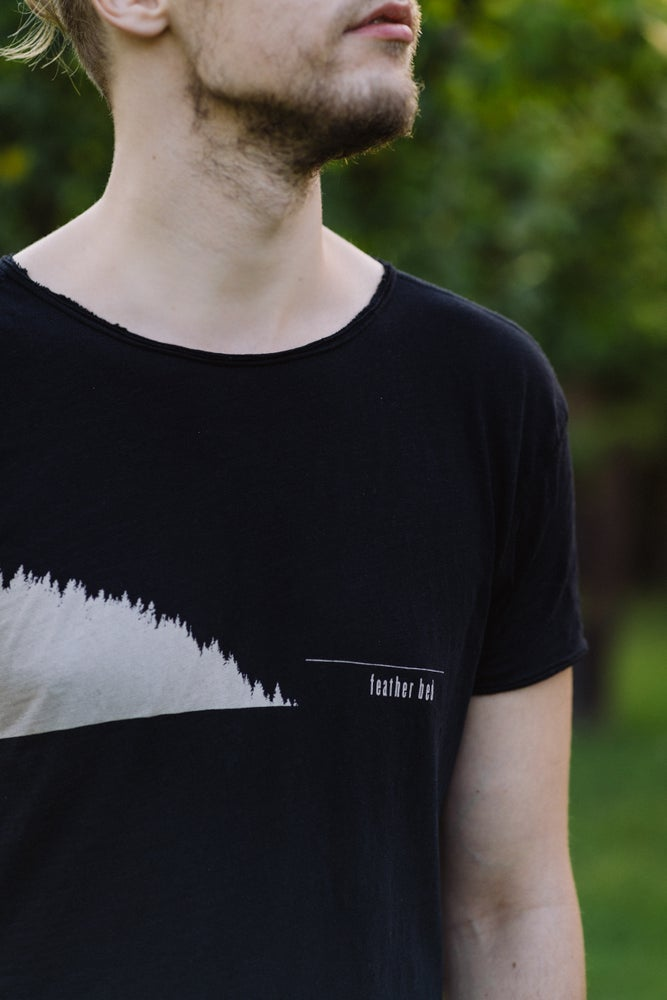 Image of Feather Bed / Ladder Head UNISEX T-SHIRT