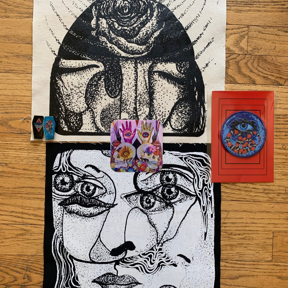 """Image of """"Fundle"""" 3 patches, Sticker & Pin Set"""