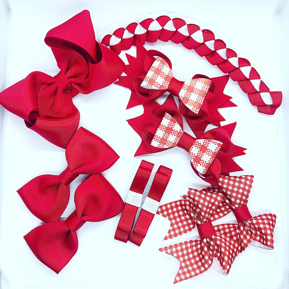 Image of School set with bun wrap
