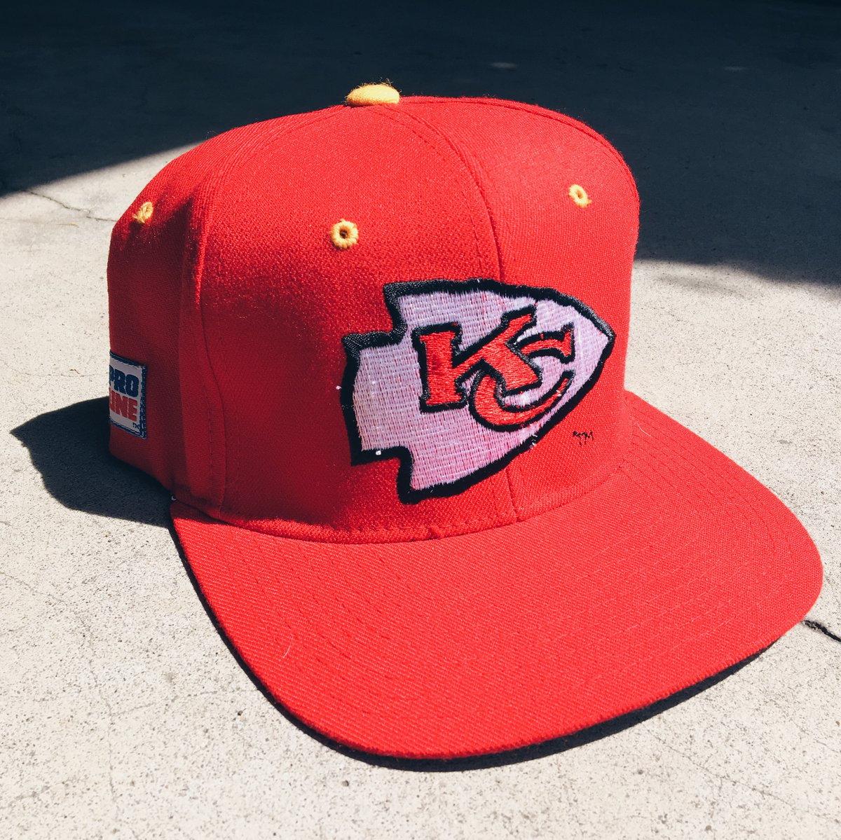 Image of Original 90's Starter Kansas City Chiefs Elastic-back Hat.