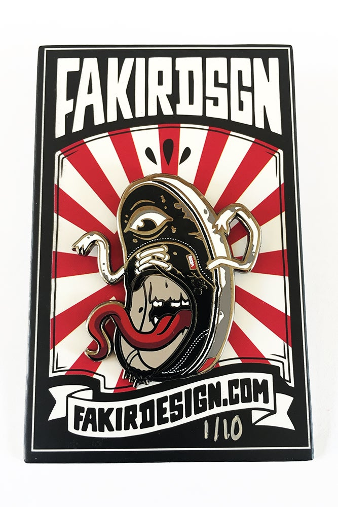 Image of BAKEKUTSU PIN