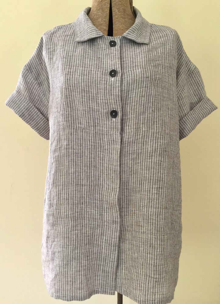 Image of short-sleeved linen work shirt