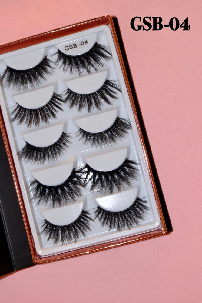 Image of NEW MINI LASH BOOK