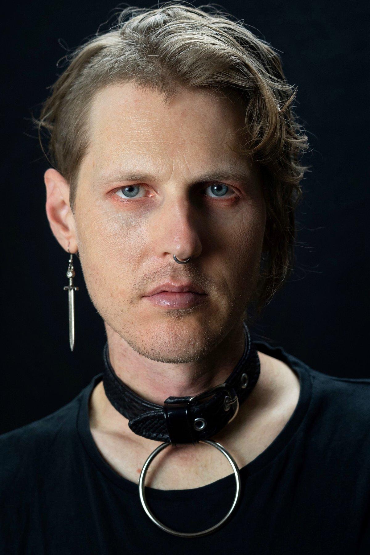 Viveka collar vegan snakeskin
