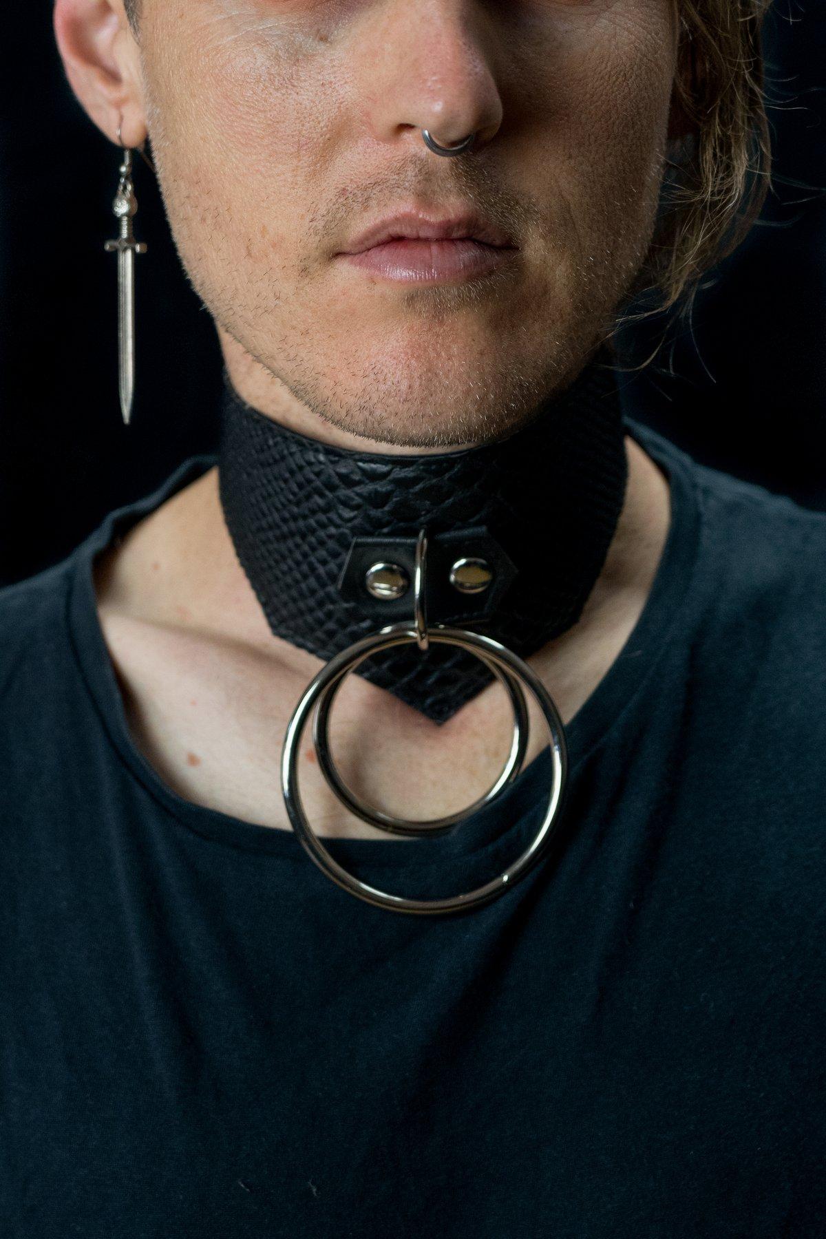 Theda collar vegan snakeskin silver