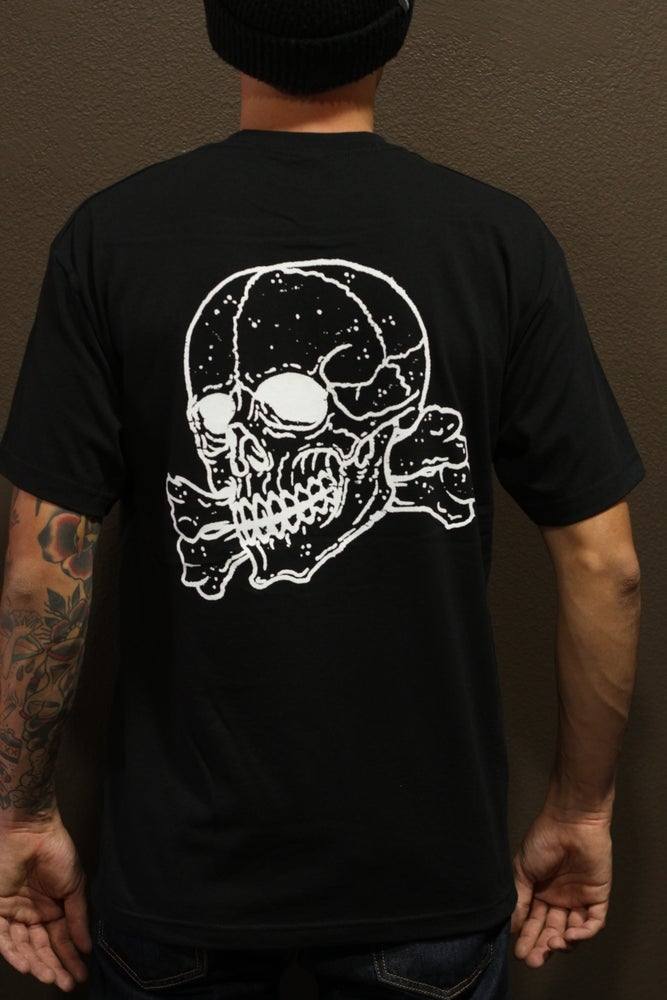 Image of DEATHS CROSSBONES TEE