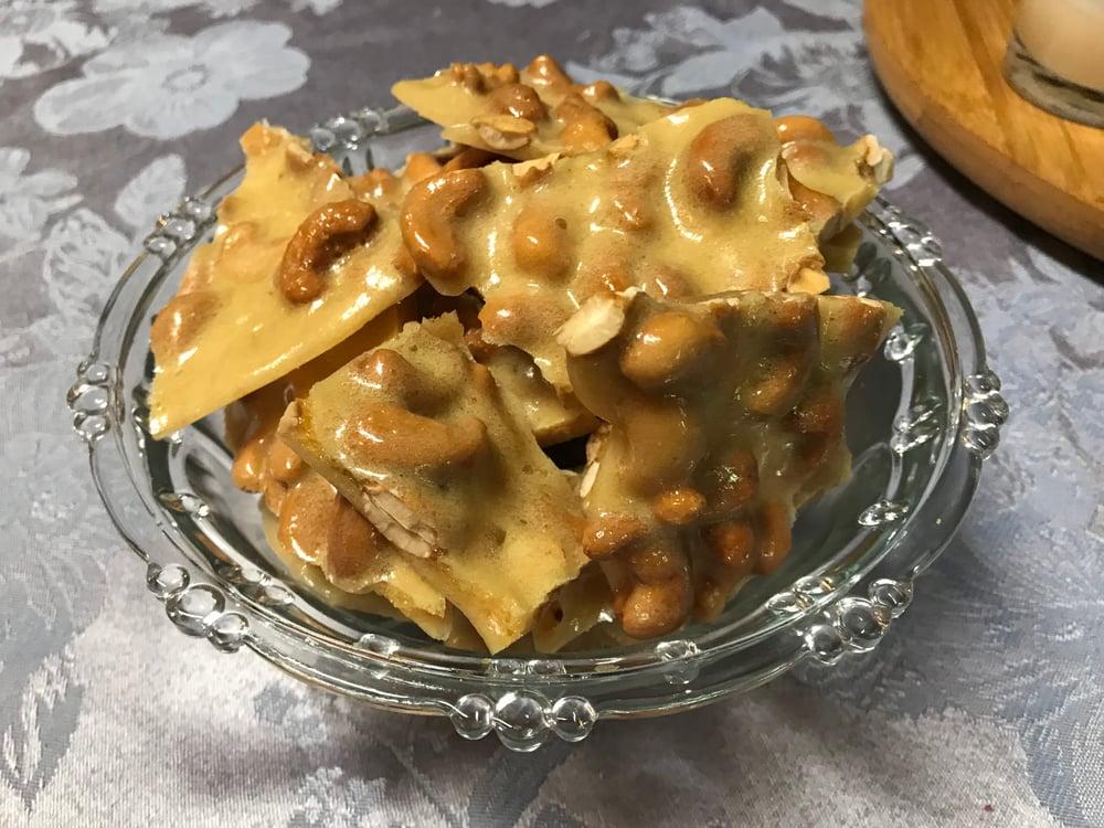 Image of Cashew Brittle - 1 lb.