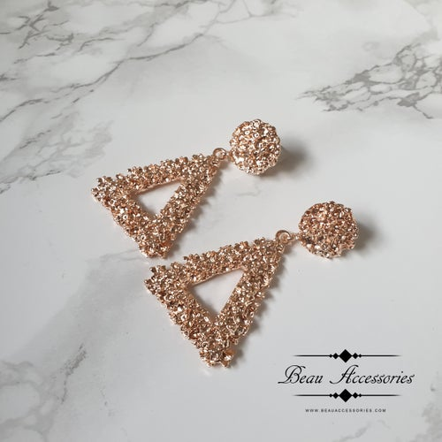 Image of Triangular Textured Earrings