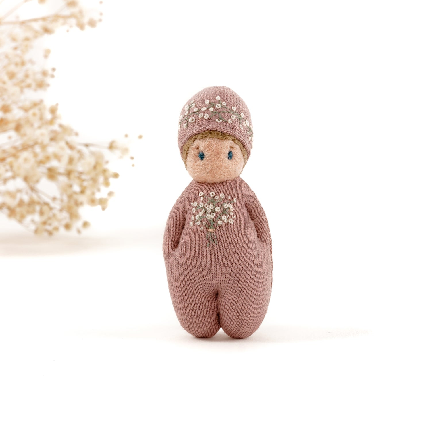Image of DORIMU GNOME Brooch - Baby´s Breath