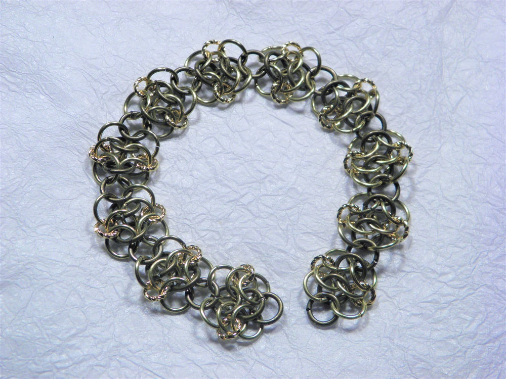 Image of Bracelet, European 4:1 Rosette Chain