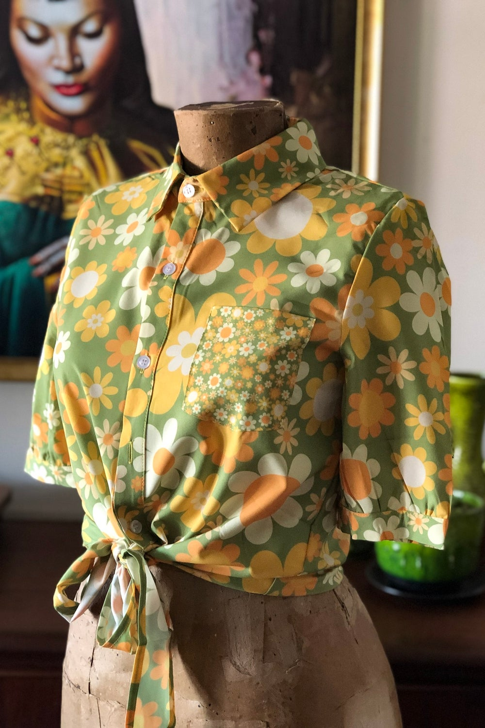 Sweetheart shirt in the Sunny side up print Green