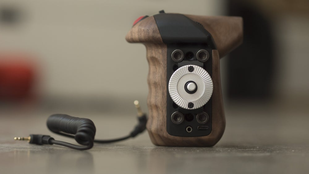 Image of CLUTCH camera remote handle